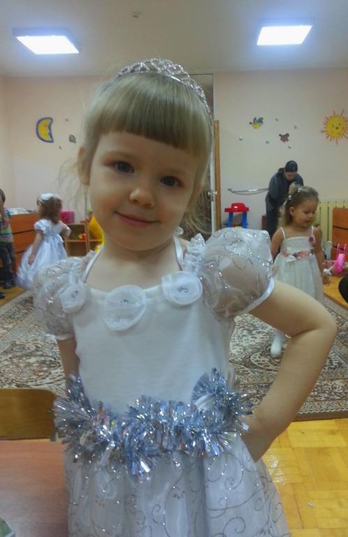 Елка у дочки в садике )