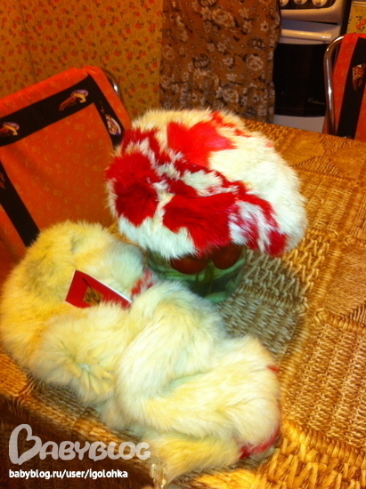 Пристрой. берет и шарф. вязанный кролик.