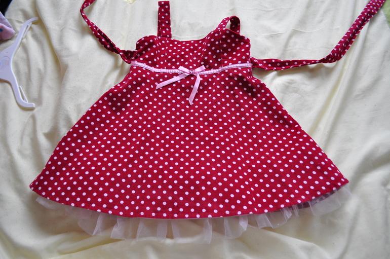 пакет фирменной одежды на девочку 2-3 года.цена 100руб
