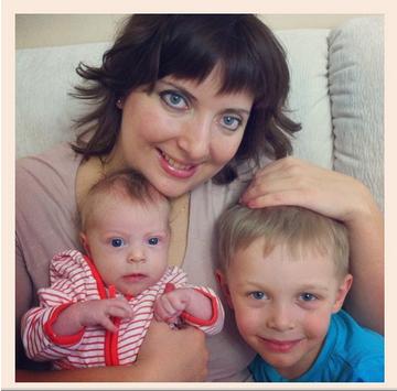 Я мама двоих детей))