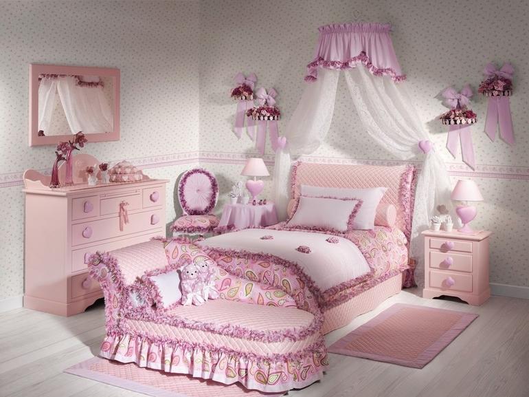 Комната для доченьки.
