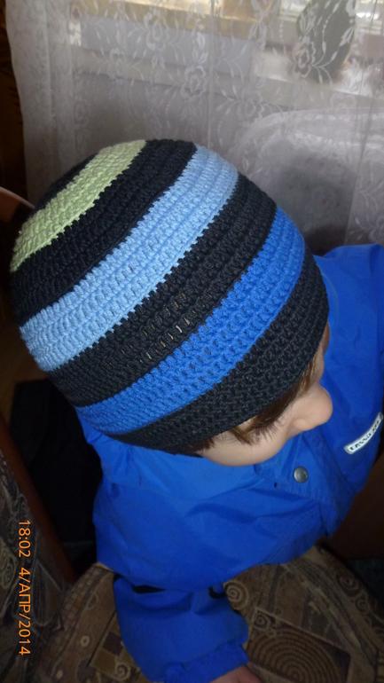 шапка полоски .для сыночка