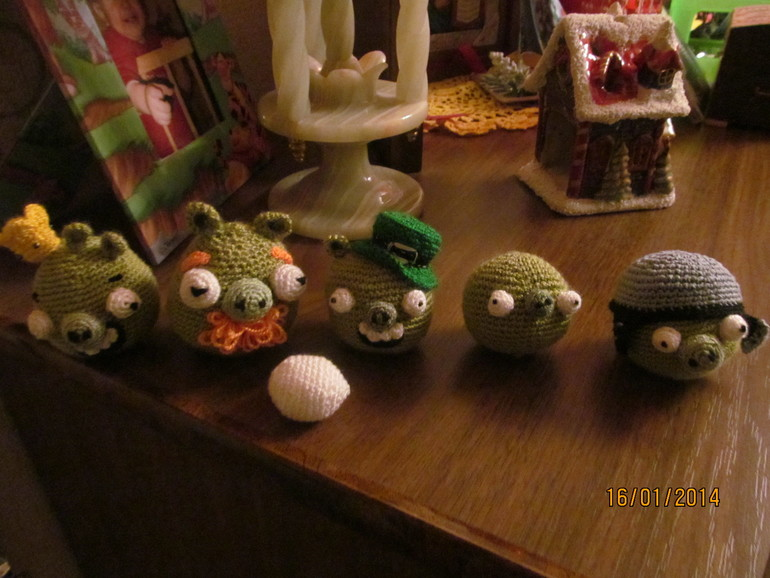 Вот  так  мы  любим  Angry  Birds