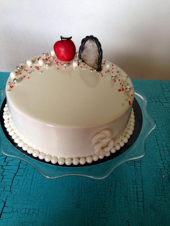 Торт с зеркальной глазурью свадебный