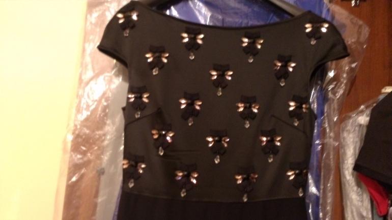 Elisabetta Franchi куплено за 35т отдам за 25 одето 1 раз бирка есть запасные детали есть
