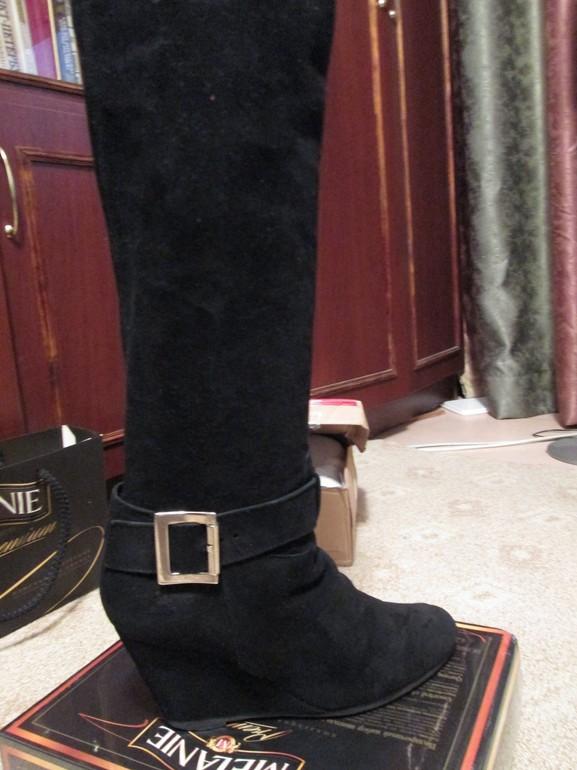 Обувь женская и мужс…