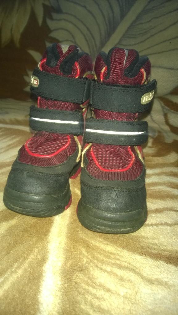 Высокие ботинки reima