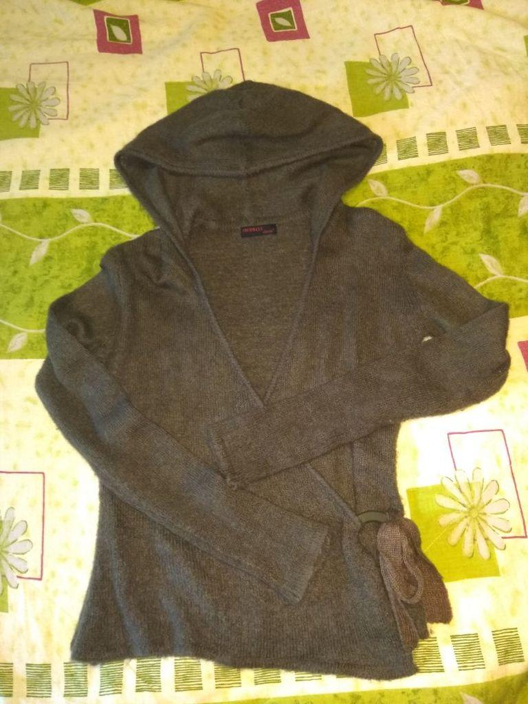 Джемпер, кофточка с капюшоном махеровая р.44-46
