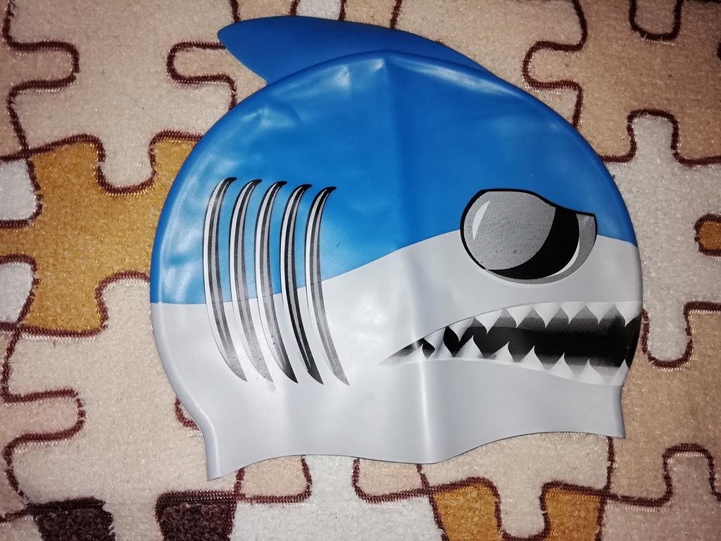 Шапочка детская для плавания новая  (переросли)