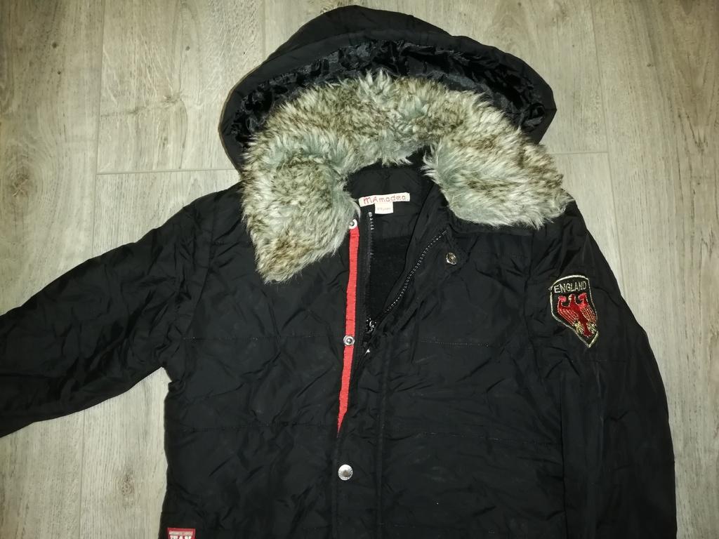 Куртка детская весна - осень р. 134, есть капюшон,