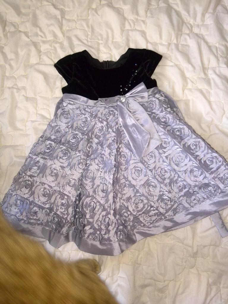 платье шик для малышки 18 мес-3500 с почтой!!!!