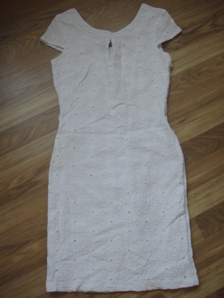 платья 40/  42 размера