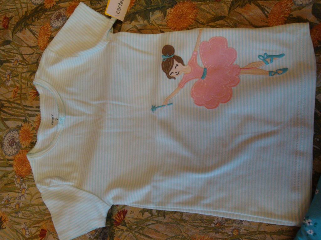 Новая пижама Carters  7(124-130см)