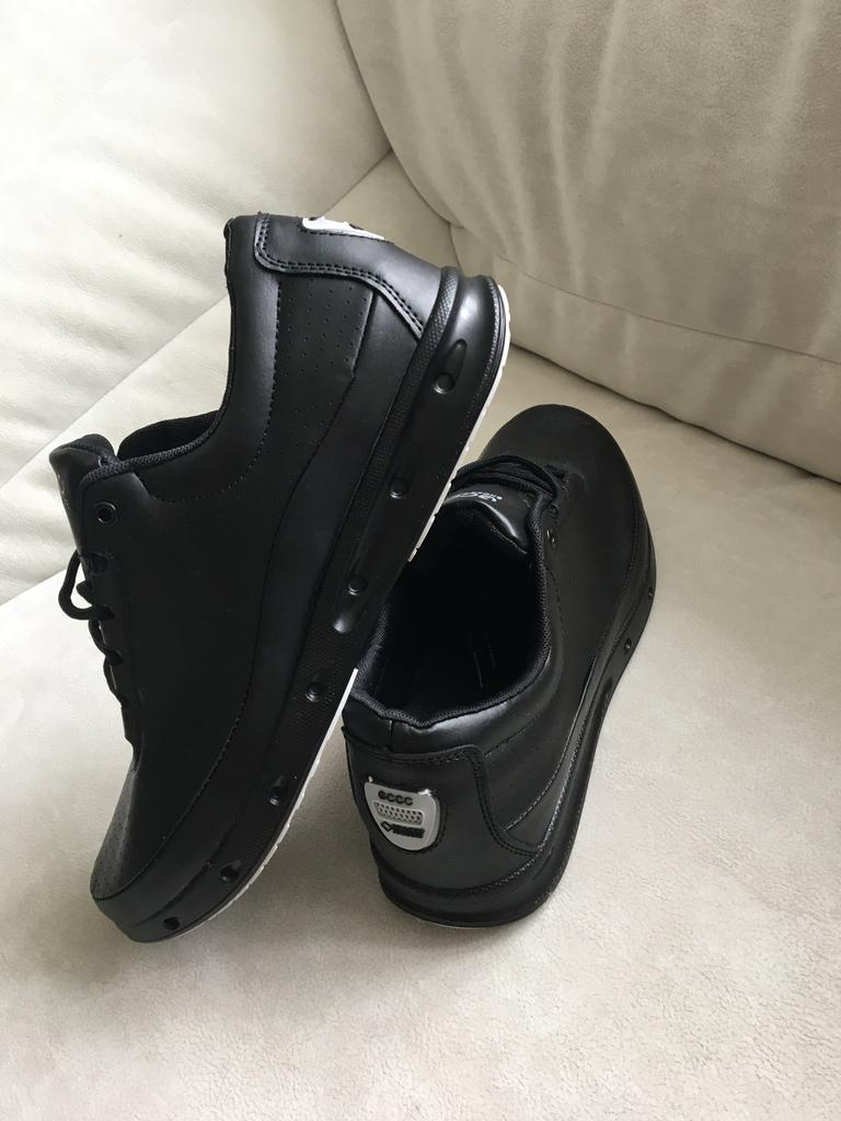 новые кроссовки экко Ecco из ЭКО кожи