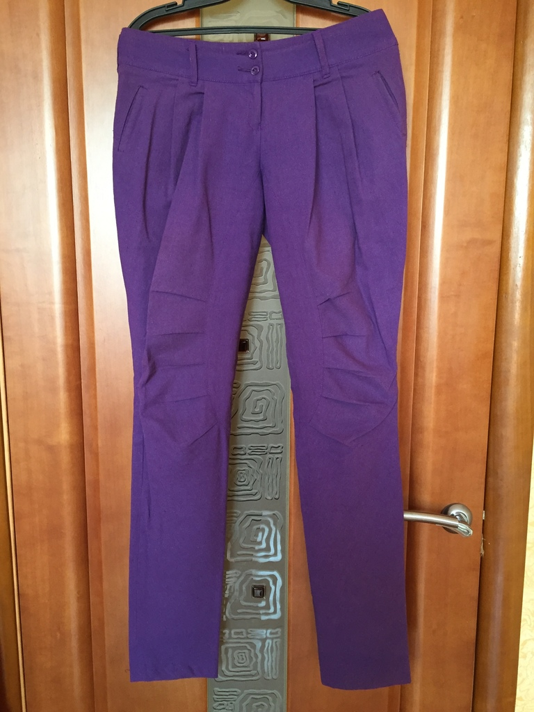Летние сиреневые брюки р.42