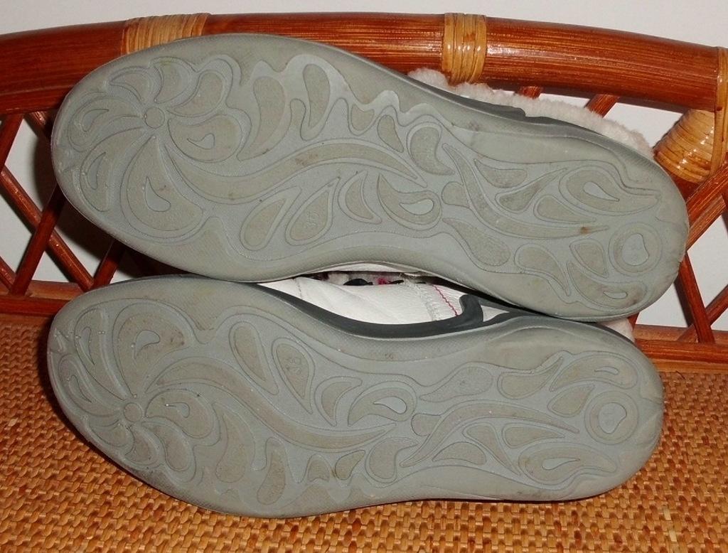 Ботинки спортивные натуральная кожа мех S-tep р.36