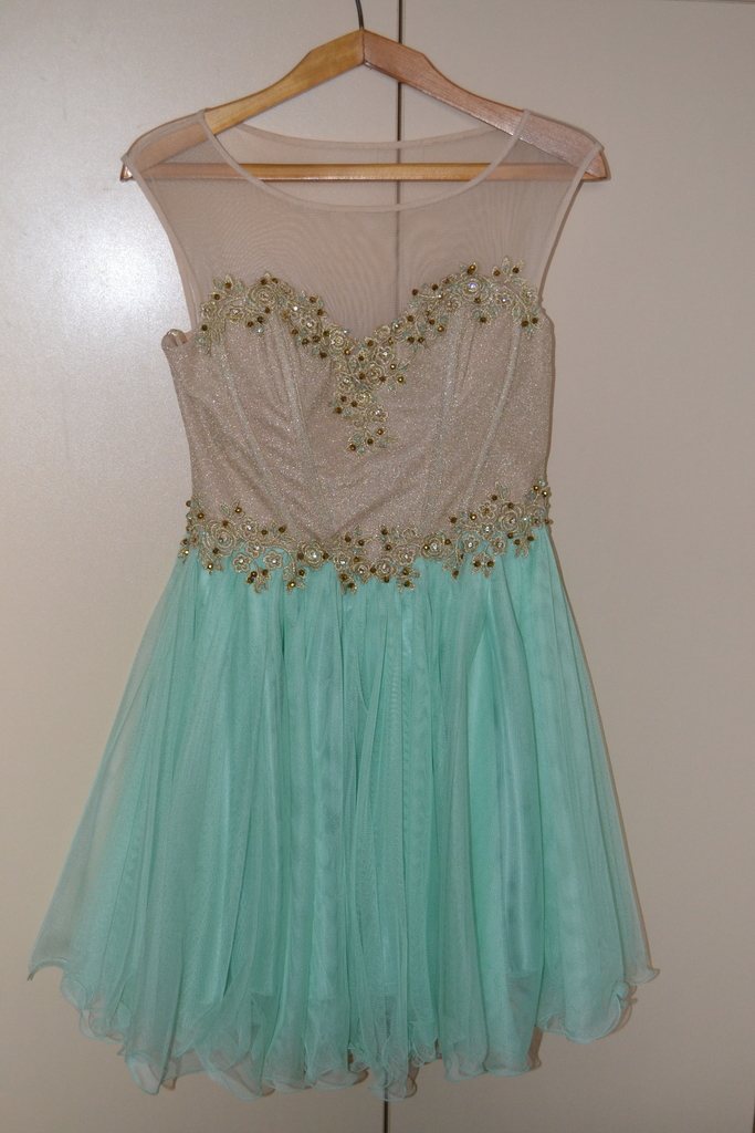 20f2d15d751 Продаю Вечернее платье La Donatella в Москве - Барахолка Бебиблога