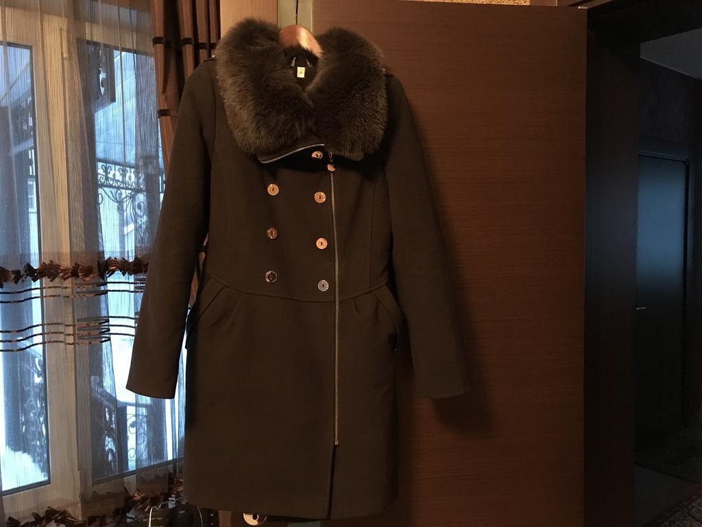 Пальто зима RENE р.44/164