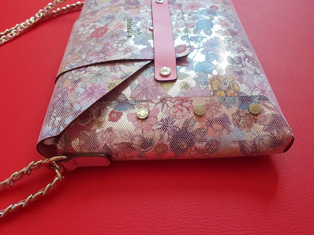 Новая кожаная сумка конверт Италия
