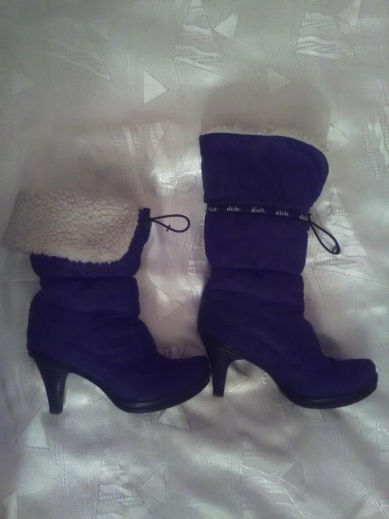 Зимние сапоги дутики, на каблуке