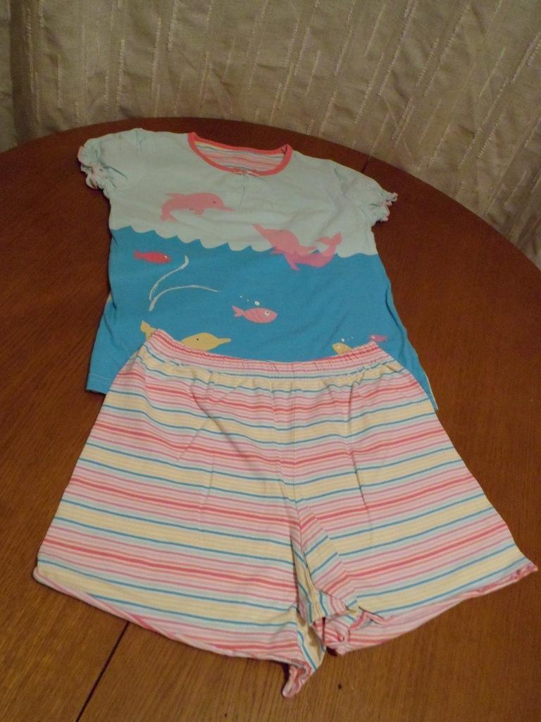 Пижама Mothercare 6-7 лет