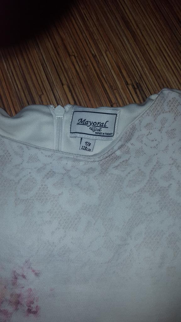 Платье Mayoral, размер 7 лет