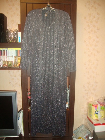 Двойка с люрексом (платье и кардиган).Размер 48.