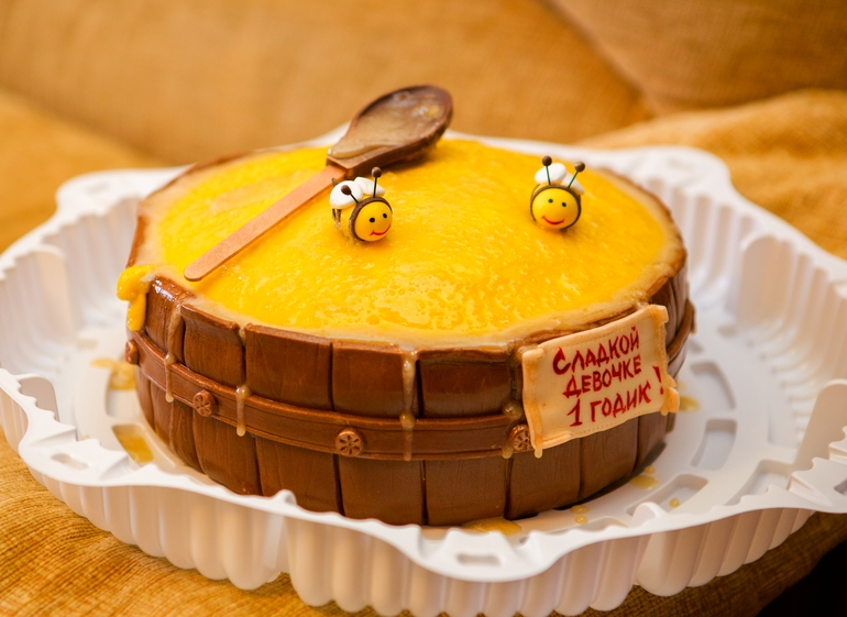 торт для пчеловода из мастики фото паттинсон последнее время