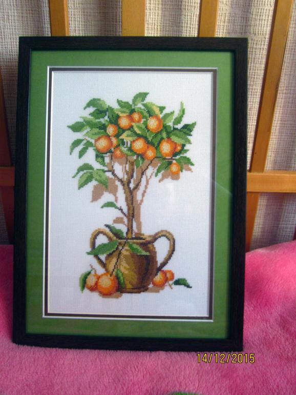Вышивка и схема апельсинового дерева