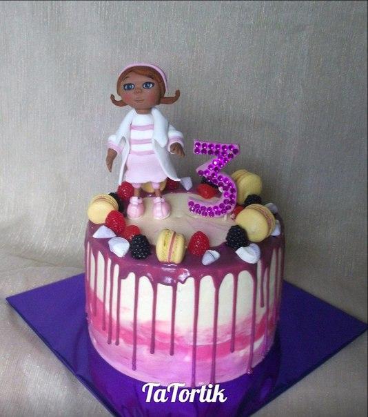 сделать простой торт доктор плюшевп