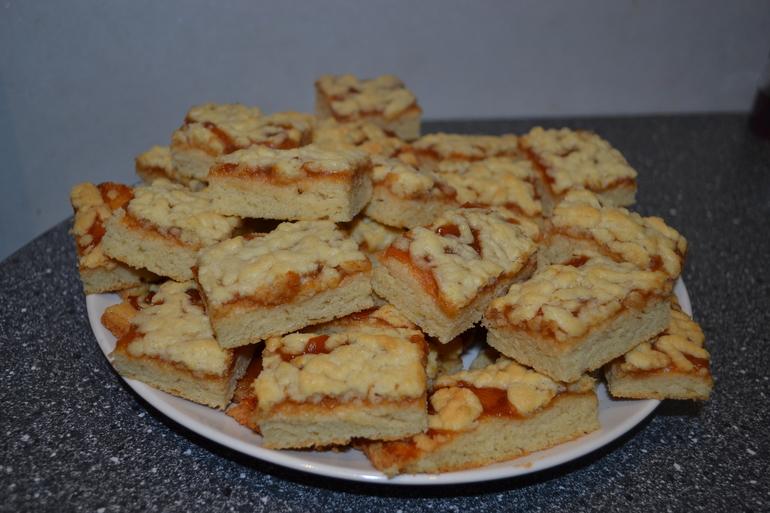 печенье на маргарине с джемом фото женщине