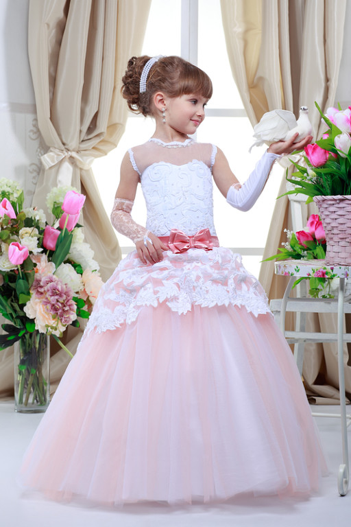 Платье на выпускной детское москва