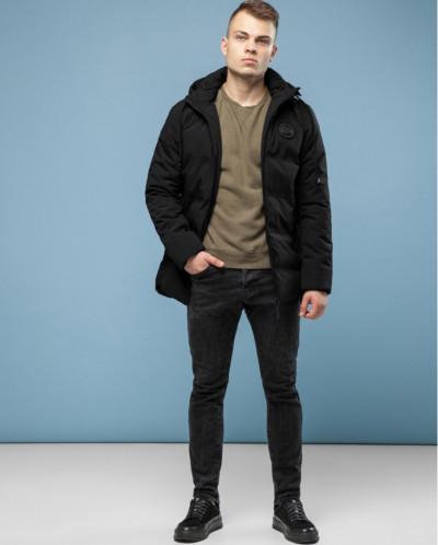 Черная куртка практичная модель 6811