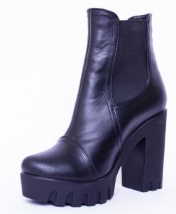 Ботинки из натуральной черной кожи №314
