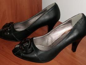 Туфли с открытым носком черные кожзам - р.38 ст 25