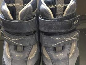 ECCO ботиночки новые