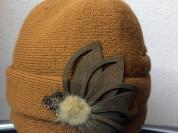 Новая зимняя шапка-шляпка с цветком DOMBAI
