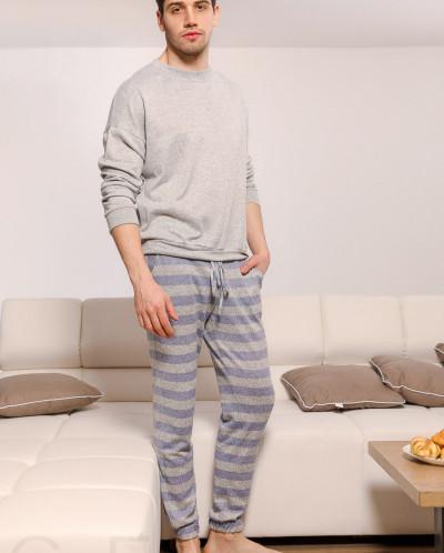 Мужская пижама в полоску