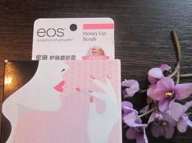EOS медовый скраб для губ