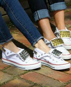 Белые низкие с клепками Converse AllStars!