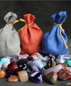 12 натуральных полудрагоценных камней размером 2-3см (10-20г