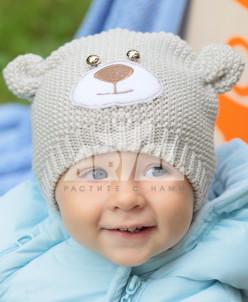 Шапка из натуральной шерсти для малышей.