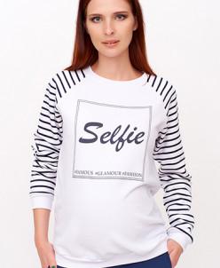 Белый свитер с принтом Selfie