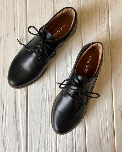 Стильные кожаные туфли.