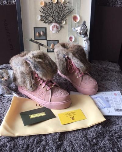 Ботинки louis vuitton с мехом розовые купить рубашку хендерсон