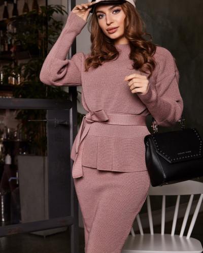 Вязаный комплект из юбки и свитера V 111 L
