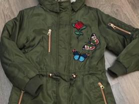 Курточка фирменная + шапочка в подарок!