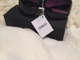 новые солнцезащитные очки COACH