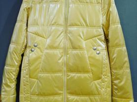 Куртка на 146 р-р
