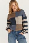 Oversize-пуловер с геометрическим рисунком